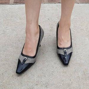 Liz Claiborne flex black grided heel